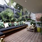 12-canapea de exterior lunga pe colt pentru 10-12 persoane construita pe terasa casei