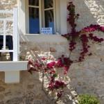 12-casa din piatra restaurant pe faleza Paalio Astros sat traditional Grecia