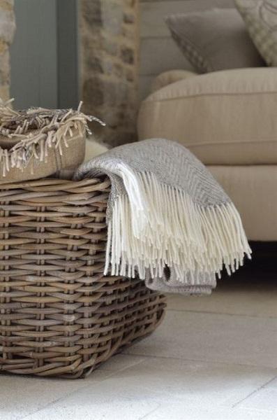 12-cos impletit pentru pastrarea si organizarea paturilor din living