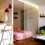 12-dormitor amenajat in extremitatea unui living