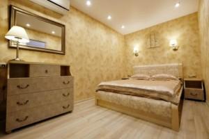 12-dormitor apartament mic 42 mp renovat integral