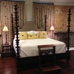 12-dormitor bed and breakfast james lee house dupa renovare