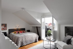 12-dormitor mic mansardat amenajat simplist in stil scandinav