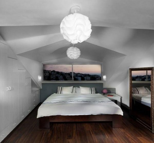 12-dormitor modern amenajat in mansarda