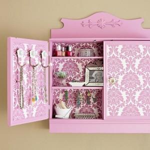12-dulapior baie decorat cu tapet decorativ