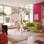 12-fotoliu verde lime pe fundalul unui perete roz ciclam