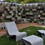 12-gradina verticala cu flori construita din boltari din beton prefabricate pentru zidarie