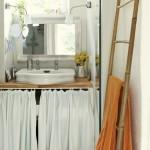 12-lavoar rustic baie mica in casa de piatra din Franta