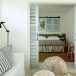 12-living si dormitor casa mica de vacabta 37 mp