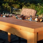 12-masa de gradina sau terasa prevazuta cu spatiu pentru racirea bauturilor