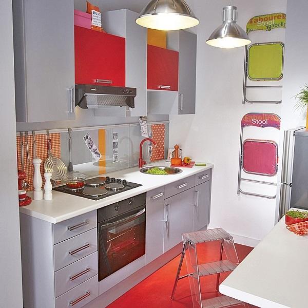12-mobila pentru bucatarie mica tinereasca in gri si rosu