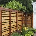 12-model gard simplu din lem pentru o curte rustica