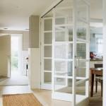 12-usi glisante din sticla solutie separare bucatarie open space