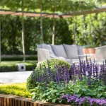 13-aranjament floral compozitie gradina Equilibrium by Nathan Burkett