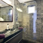 13-baie moderna minimalista cu cabina de dus fara cadita