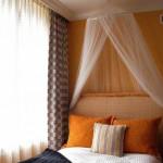13-baldachin delicat din voal decor dormitor modern