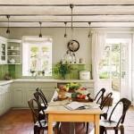 13-bucatarie rustica faianta verde mobila alba casa Provence