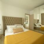 13-dormitor elegant cu pat matirmonial si dressing mare