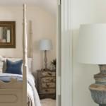 13-dormitor stil rustic cu pat din lemn masiv sculptat