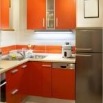13-mobila pe colt combinatie alb cu portocaliu design bucatarie moderna mica