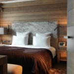 13-pat matrimonial dormitor de lux cabana lemn alpi francezi