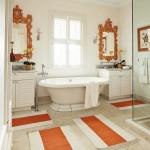 14-amenajare baie alba cu accente decorative portocalii