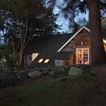 14-exterior noaptea casa mica frumoasa din piatra Scotia