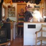 14-kenny si esther proprietarii si constructorii casei mobile de 15 mp