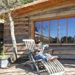 14-loc relaxare pe terasa casei din lemn de pin