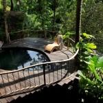 14-terasa cu piscina casa din bambus complex Green Village
