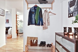 15-cuier hol intrare apartament modern semidecomandat