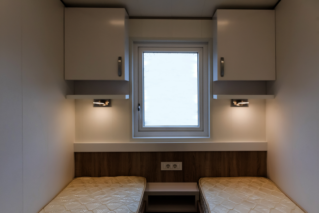 15-dormitor mic cu doua paturi casa mobila Anna 2018 Rot Resort