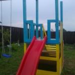 15-loc de joaca pentru copil finalizat si vopsit in culori vesele