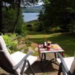 15-loc de luat masa exterior casa frumoasa din piatra Scotia