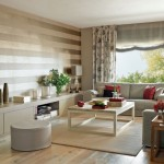 15-tapet decorativ in dungi orizontale decor living modern gri cu accente rosii