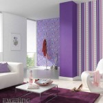 15-tapet decorativ mov in dungi si cu imprimeu forme geometrice decor living modern