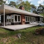 15-terasa din lemn cu semineu casa design minimalist 103 mp fara etaj