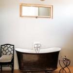 16-baie amenajata in stil francez cada stativ din fier