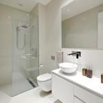 16-baie minimalista moderna amenajata in alb