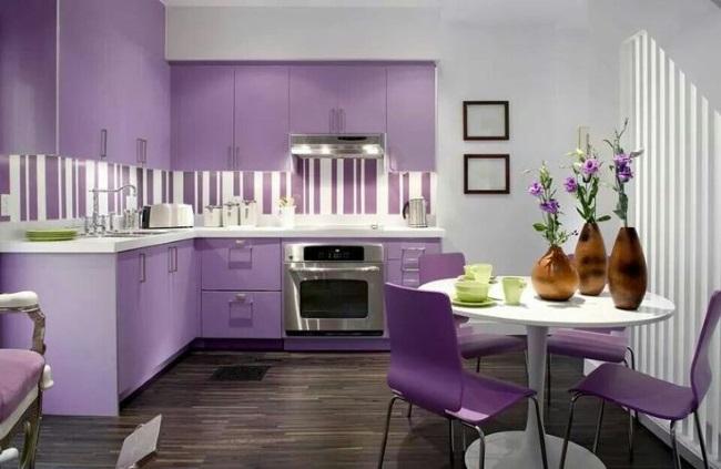 16-bucatarie moderna alba movila violet deschis sau lila