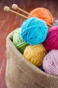 16-cosulet din sac de in suport pentru ghemele de lana