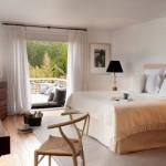 16-dormitor luminos amenajat in nuante deschise