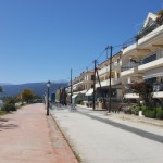 16-faleza malul marii sat Paralio Astros Grecia Peloponez