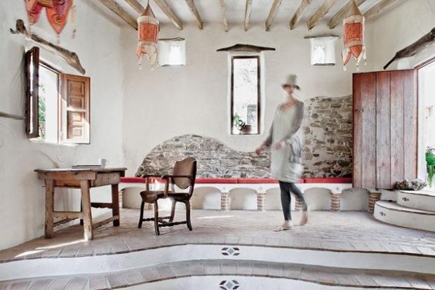 16-living traditional casa rustica din piatra costa del sol andaluzia spania