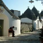 16-straduta pietruita case trulli alberobello italia