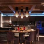 17-bucatarie ultra moderna cu loc de luat masa cabana lemn alpi franta
