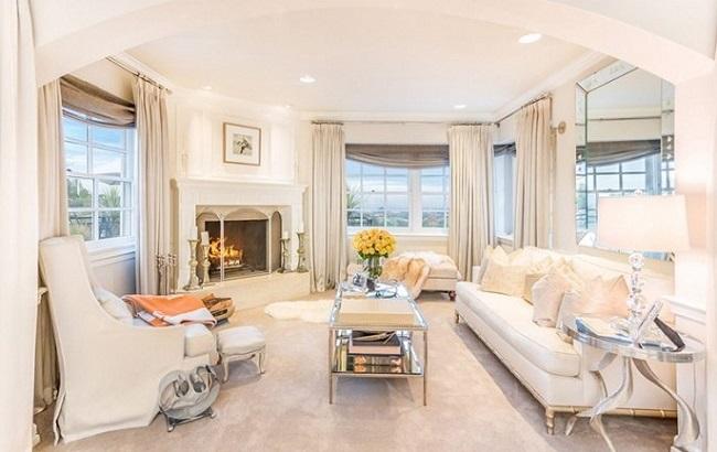 17-dormitor matrimonial cu semineu casa Jennifer Lopez dupa renovare