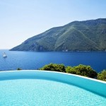 17-priveliste de vis din piscina panoramica a casei de vacanta din Meganissi Grecia