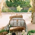18-pat vechi din fier loc de relaxare in gradina casei