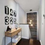 19-perete placat cu scandura din lemn reciclata decor casa scarii